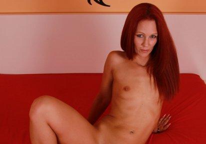 Sexcam Livegirl AngelicFirst