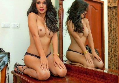 Sexcam Livegirl TillyDeluxe