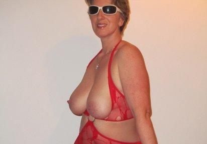 Sexcam Livegirl BustyGaby