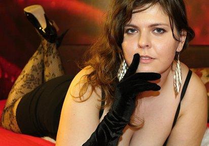 Sexcam Livegirl MadamAdira
