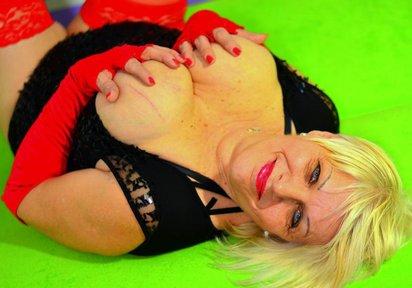 Sexcam Livegirl ReifeSandra