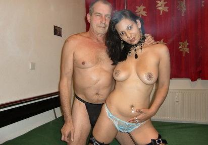 Sexcam Livegirl DevoteSimona+Pit