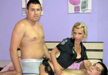 Sexcam Livegirl HeisseVictoria+GeilerDavid+HeisserBen